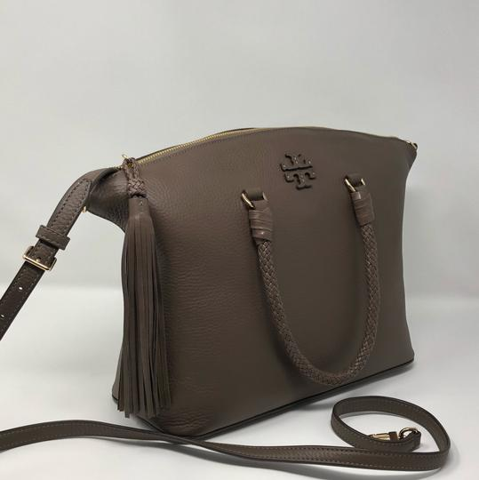 Tory Burch Satchel in silver maple Image 3