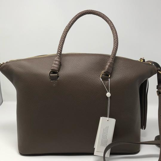 Tory Burch Satchel in silver maple Image 4