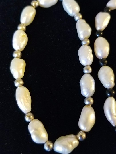 Unknown Set of 3 Freshwater Pearl Bracelets Image 1