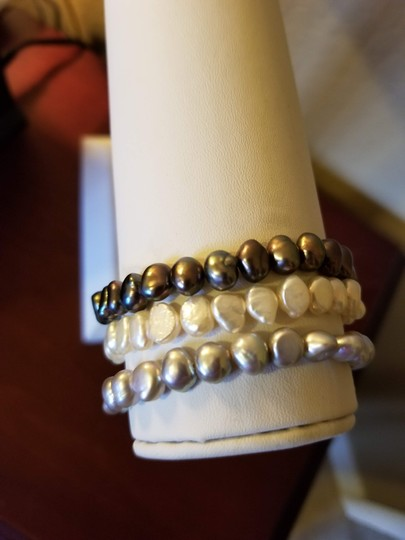 Unknown Set of 3 Freshwater Pearl Bracelets Image 6