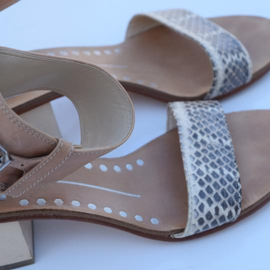 Dolce Vita cream & gray Sandals Image 6
