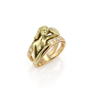 Carrera y Carrera Carrera y Carrera Diamond 18k Two Tone Gold Carved Woman