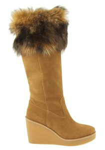 fa53221efbd7 Brown UGG Australia Boots   Booties - Up to 90% off at Tradesy