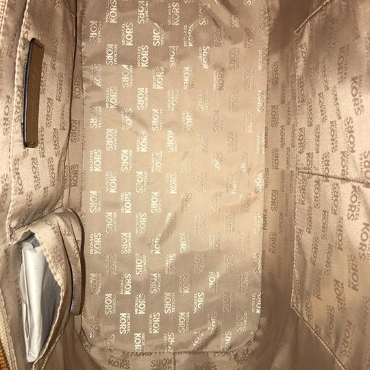 Michael Kors Tote in multi colored Image 2