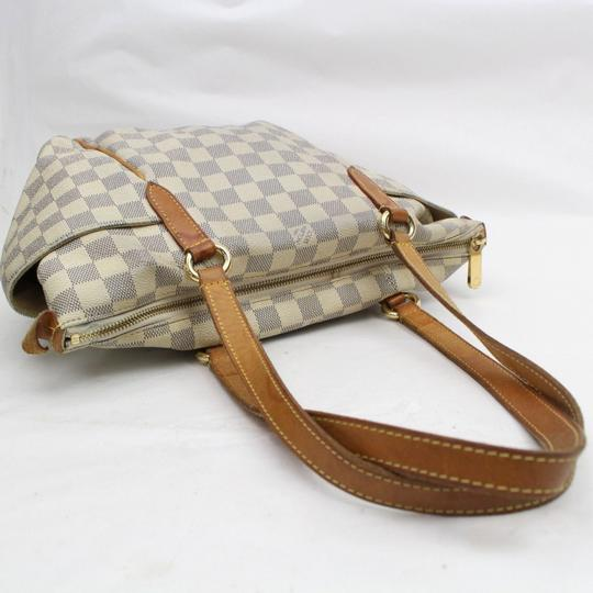 Louis Vuitton Zip Neverfull Lena Iena All-in Tote in White Image 4