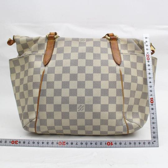 Louis Vuitton Zip Neverfull Lena Iena All-in Tote in White Image 5