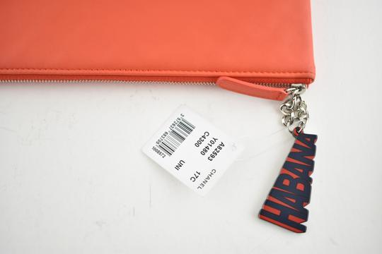 Chanel Classic Leather Monogram Cuba red Clutch Image 3