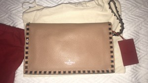 Valentino Soft noisette Clutch