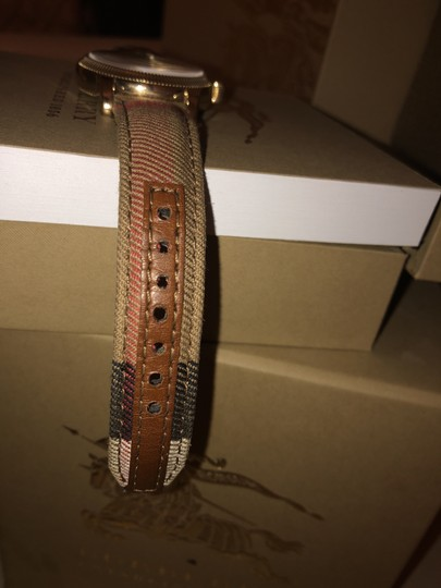 Burberry Burberry Gold Image 1