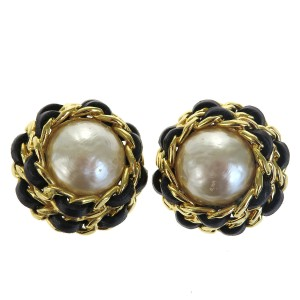 Chanel CHANEL CC Earrings Imitation Pearl Leather Gold-tone