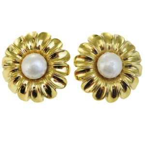 Chanel CHANEL Flower Earrings Imitation Pearl Clip-On Gold