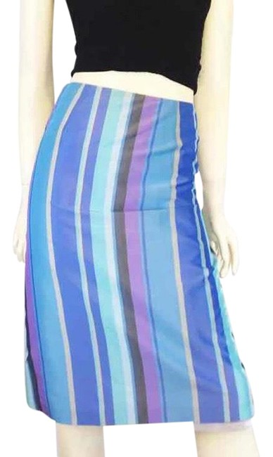 Preload https://img-static.tradesy.com/item/24262575/french-connection-blues-and-purple-pencil-skirt-size-8-m-29-30-0-3-650-650.jpg