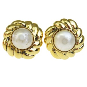 Chanel CHANEL Earrings Imitation Pearl Clip-On Gold France