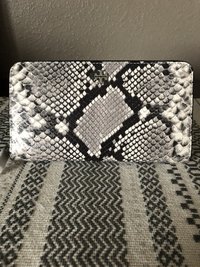 Tory Burch Tory Burch Robinson Leather Continental Wallet Image 5