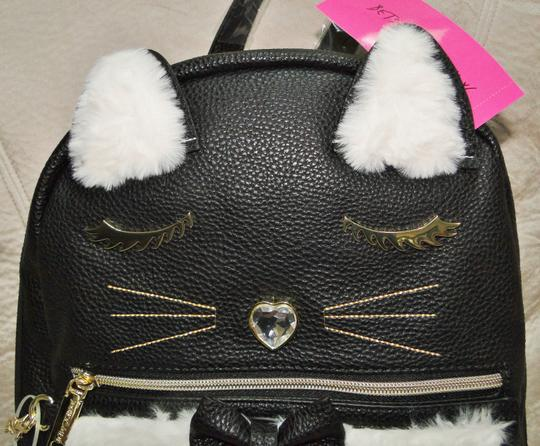Betsey Johnson Kitsch Medium Card Case Backpack Image 11