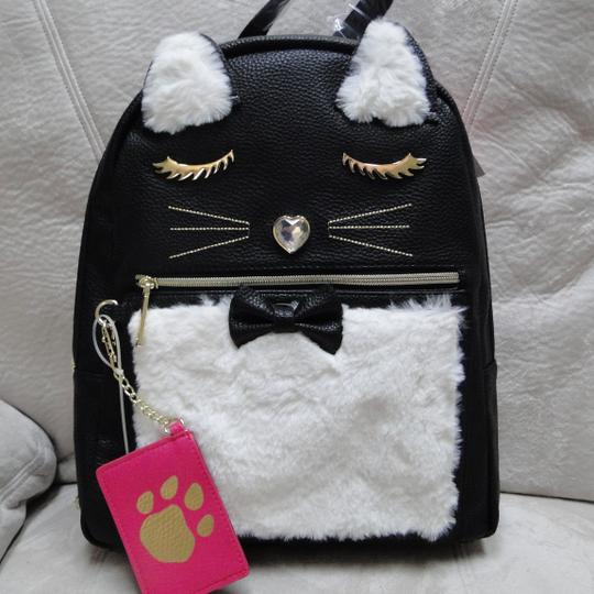 Betsey Johnson Kitsch Medium Card Case Backpack Image 7
