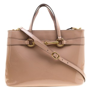 Gucci Leather Convertible Voluminous Tote in Beige