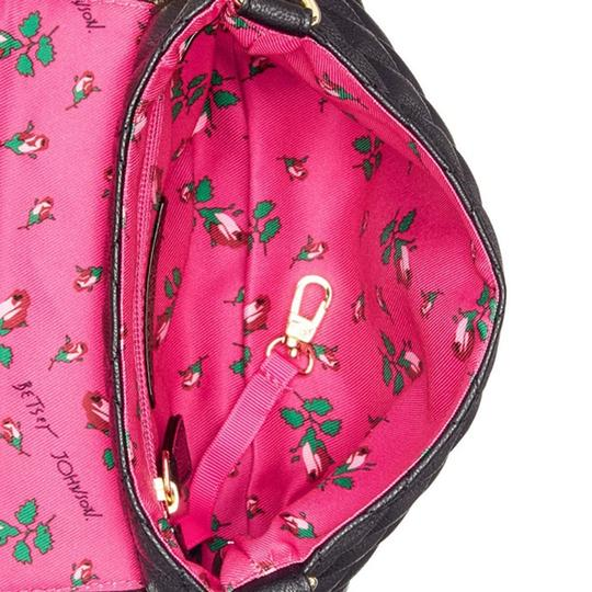 Betsey Johnson Quilted Floral Strap Wallet Cross Body Bag Image 3