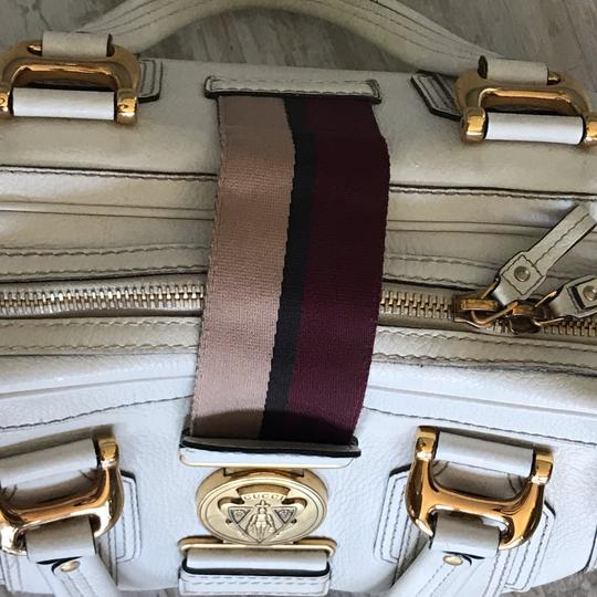 Gucci Satchel in white Image 9