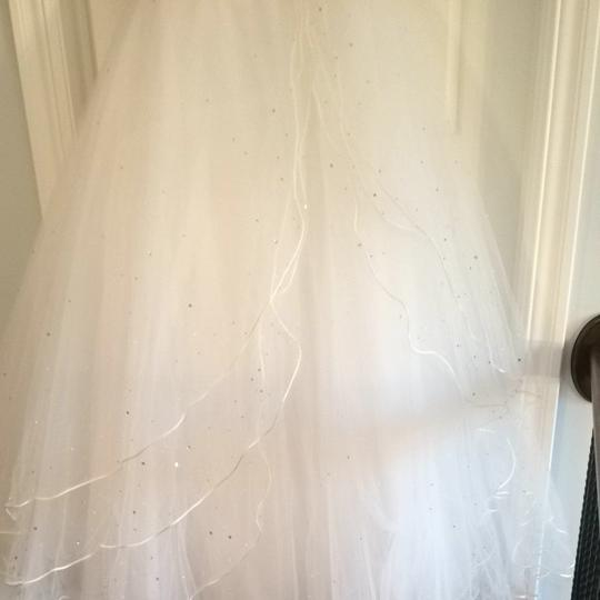 Mori Lee White Satin & Toile Traditional Wedding Dress Size 4 (S) Image 3