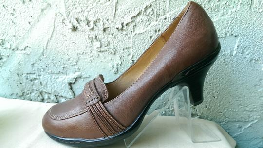 Söfft Leather BROWN Pumps Image 2