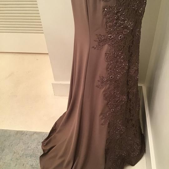 Montage by Mon Cheri Mocha Crepe/Lace 217948 Formal Bridesmaid/Mob Dress Size 10 (M) Image 10