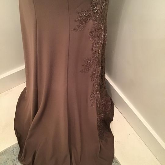 Montage by Mon Cheri Mocha Crepe/Lace 217948 Formal Bridesmaid/Mob Dress Size 10 (M) Image 9