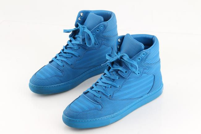 Item - Blue Monochrome Perforated High-top Sneakers Shoes