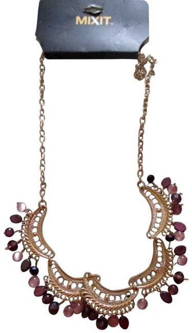 Mixit Purple/Pink Women's Beaded & Antique Gold Tone Necklace Mixit Purple/Pink Women's Beaded & Antique Gold Tone Necklace Image 1