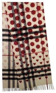 Burberry Burberry Heart Print Windsor Red Cashmere Scarf