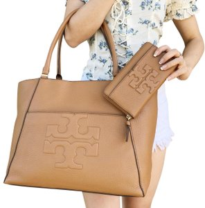 Tory Burch Bombe Wallet New With Tag Tote in Bark Tan