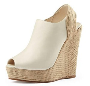 Gucci Leather Espadrille Open Toe Edgy Ivory Wedges