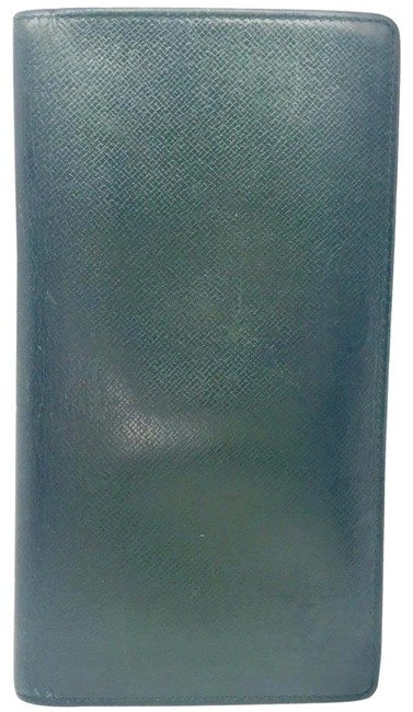 Item - Long Wallet Monogram Taiga Green Leather Clutch