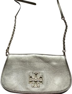 b606b758 Tory Burch Bags on Sale - Up to 70% off at Tradesy