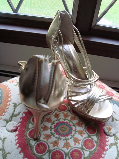 e1240de514 Chinese Laundry Gold Strappy New Sandals Size US 8 Regular (M, B ...