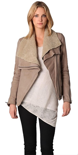 Item - Tan With Shearling Collar Jacket Size 4 (S)