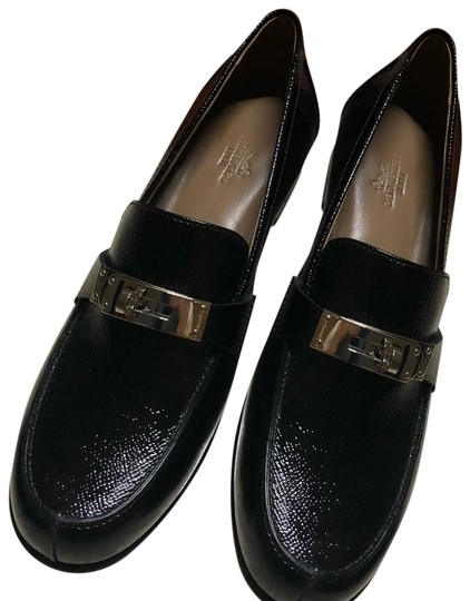 Preload https://img-static.tradesy.com/item/24267121/hermes-black-oxfords-loafers-flats-size-eu-38-approx-us-8-regular-m-b-0-3-540-540.jpg