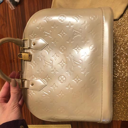 Louis Vuitton Tote in Pearl Beige