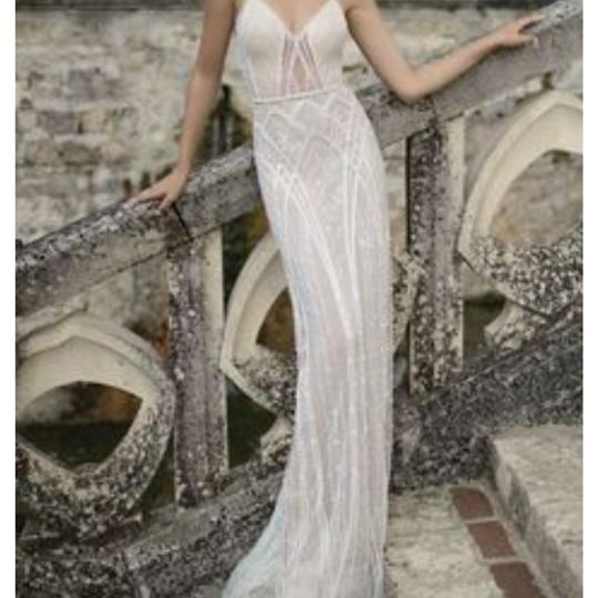White Beaded Tulle Crystals and Pearls Destination Wedding Dress Size 2 (XS)