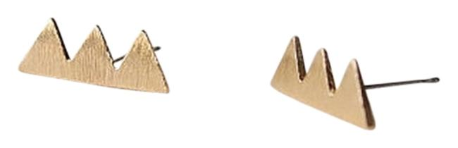 Item - Gold Mountain Grass Charm Triangle Stud Earrings