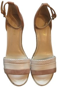 Nine West Cream / Tan Wedges