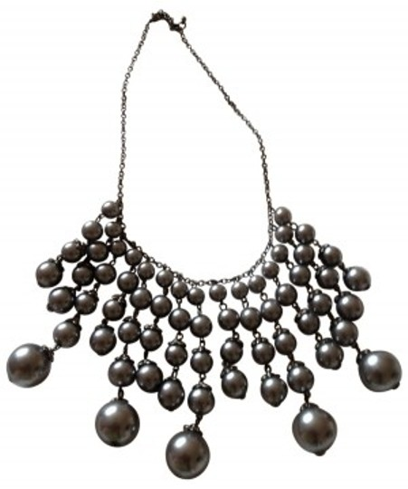 Preload https://item1.tradesy.com/images/charcoal-grey-graduated-strand-necklace-24270-0-0.jpg?width=440&height=440