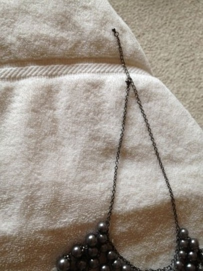 Other Grey Graduated strand necklace