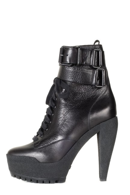 Burberry Black Leather Combat Ankle Boots/Booties Size EU 39 (Approx. US 9) Regular (M, B) Burberry Black Leather Combat Ankle Boots/Booties Size EU 39 (Approx. US 9) Regular (M, B) Image 1
