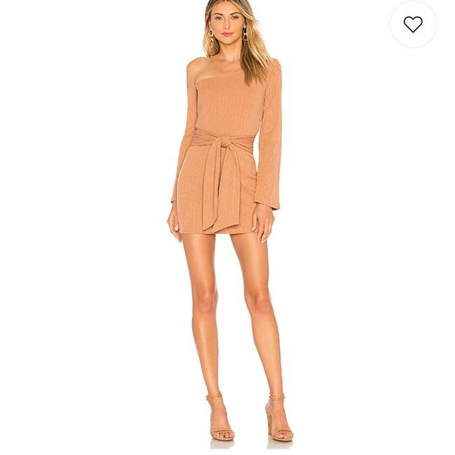 Preload https://img-static.tradesy.com/item/24270976/privacy-please-nude-neutral-chloe-mini-short-casual-dress-size-4-s-0-0-650-650.jpg