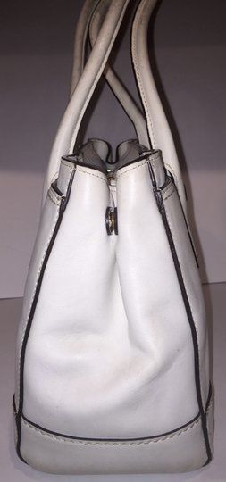 Dooney & Bourke Thick Leather Classy Plain Straps Zippered Satchel in White