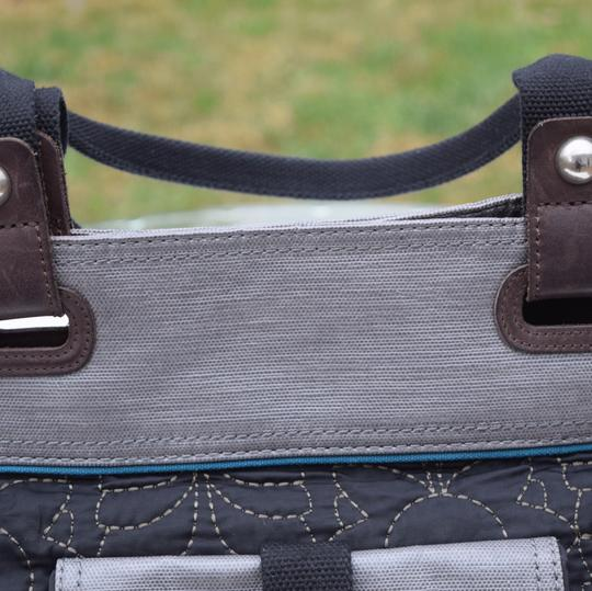 Fossil Tote in black/gray/brown