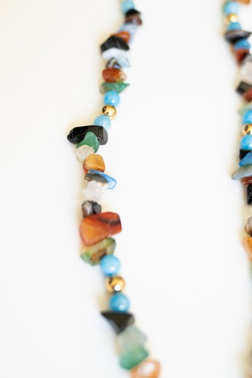 Daya -- Boutique NATURAL AND ELEGANT BEADS NECKLACE