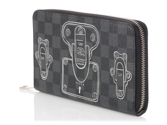 Louis Vuitton Damier Graphite Trunks and Locks Zippy Organizer Wallet