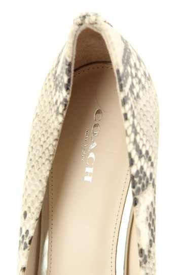 Coach Beige Pumps